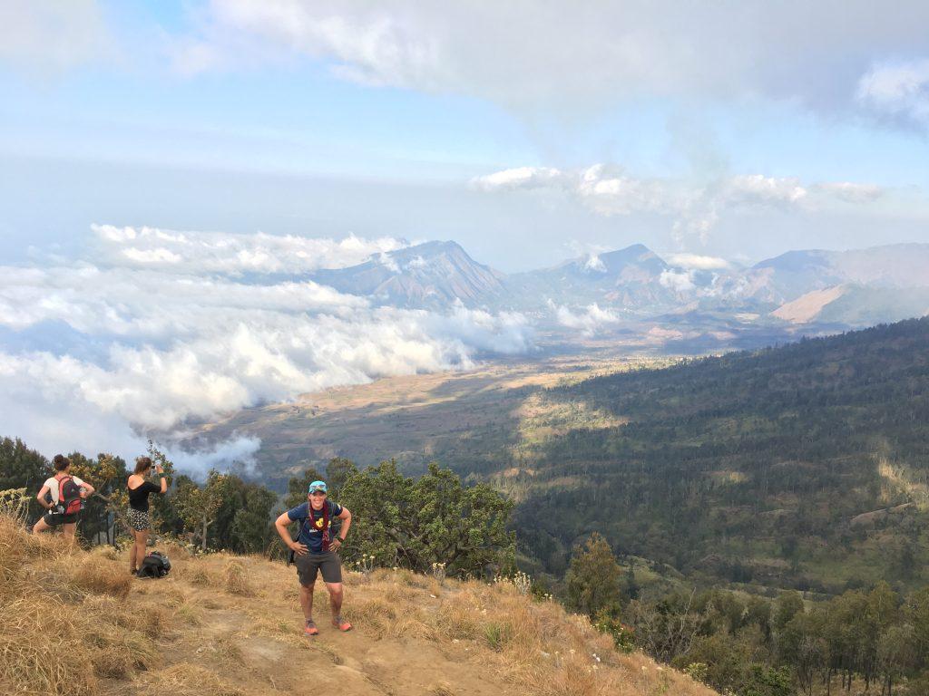Eindelijk op de kraterrand van de Mount Rinjani