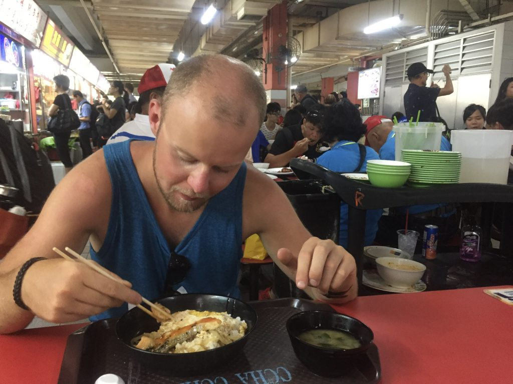 Tips overstap Singapore: Eten in Chinatown complex