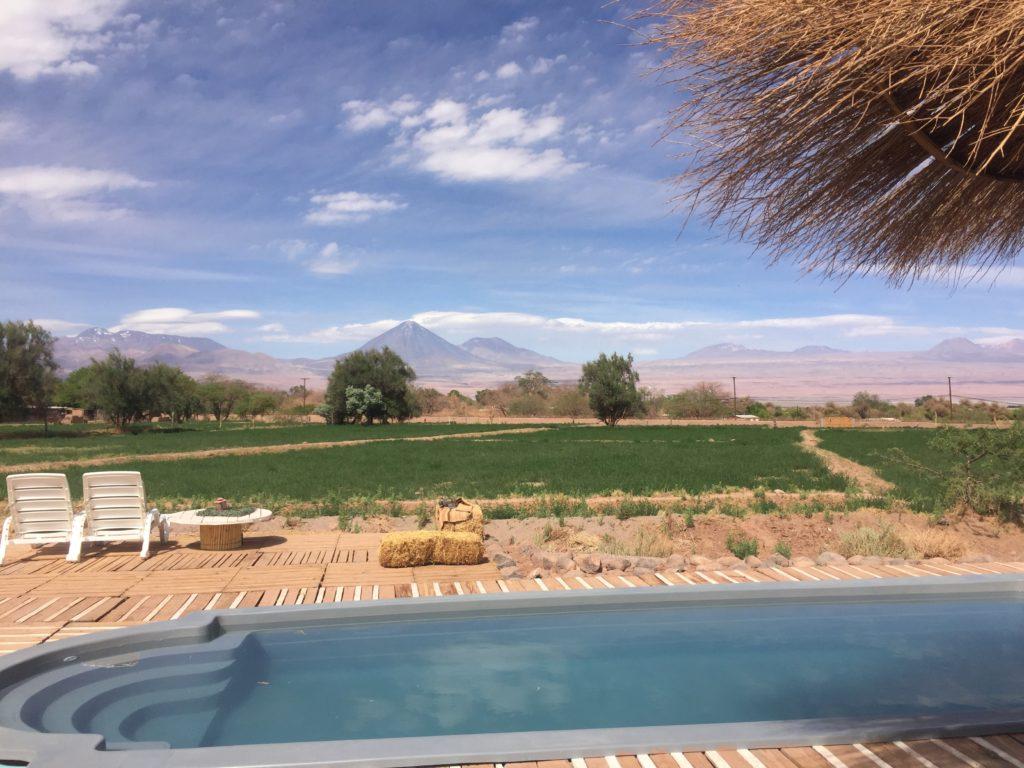 Zwembad met een uitzicht bij Atacama Loft