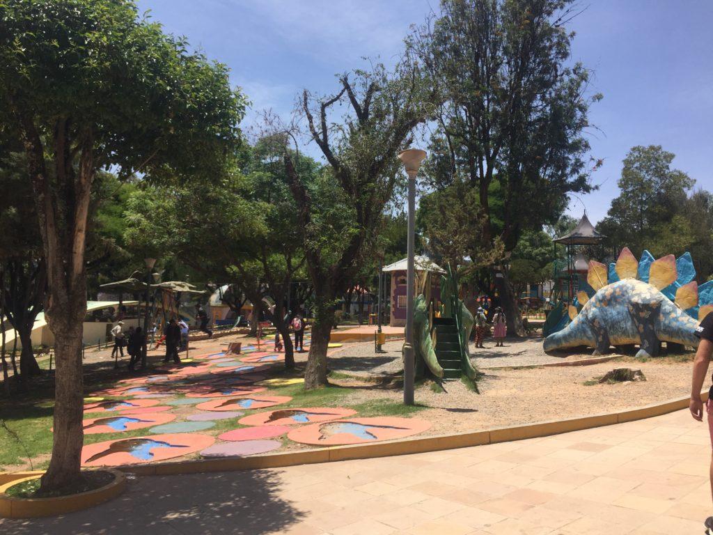 Tips Sucre: Dinosaurus speeltuin